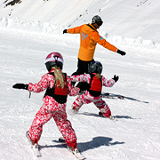 children-group-ski-lessons